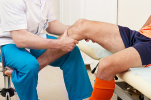 Sports rehab knee pain